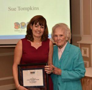 Alma Lee Loy Community Service Award Presented to Sue Tompkins